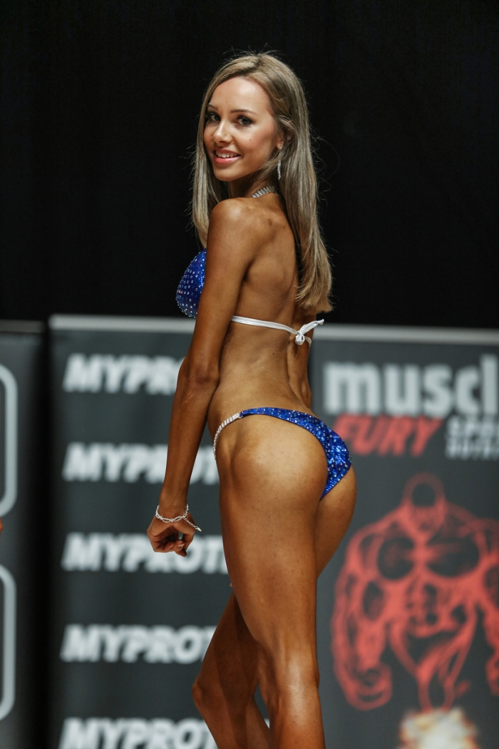 Junior bikini quarter turn - 11:09:16.jpg